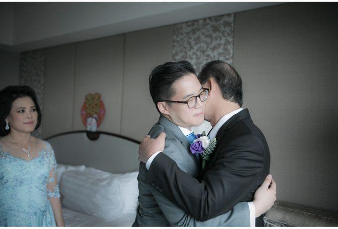 Steven & Vanessa Wedding by Reynard Karman Photography - 012