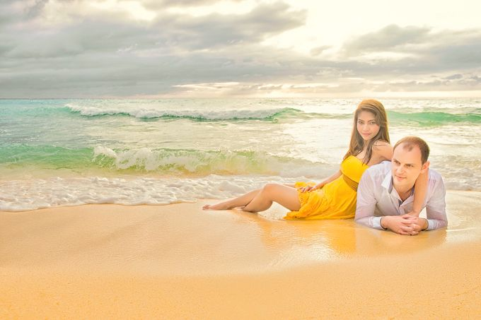 Destination Beach Wedding by Ron Garcia Photography - 001
