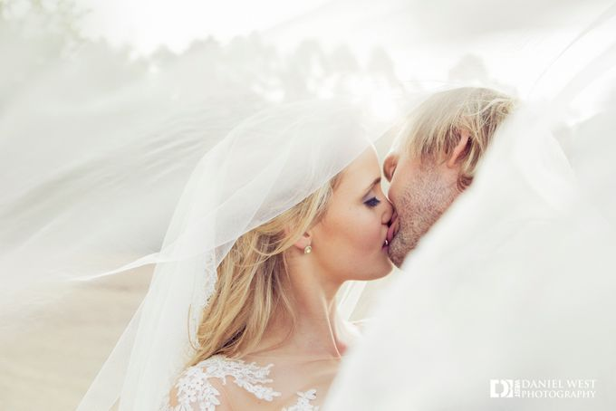 Fairytale wedding at Silver Sixpence Dullstroom by Daniel West - 030