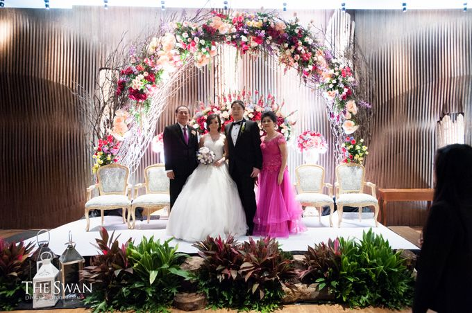The Wedding of Aldy & Novia by The Swan Decoration - 001