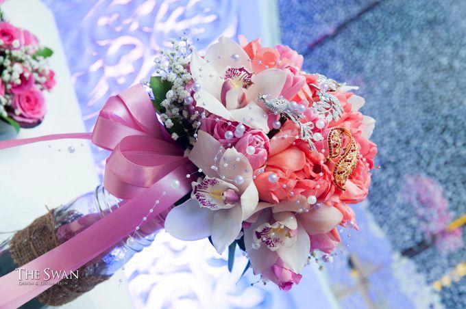 The Wedding of Tyna & Fendi - Pullman Thamrin by The Swan Decoration - 002
