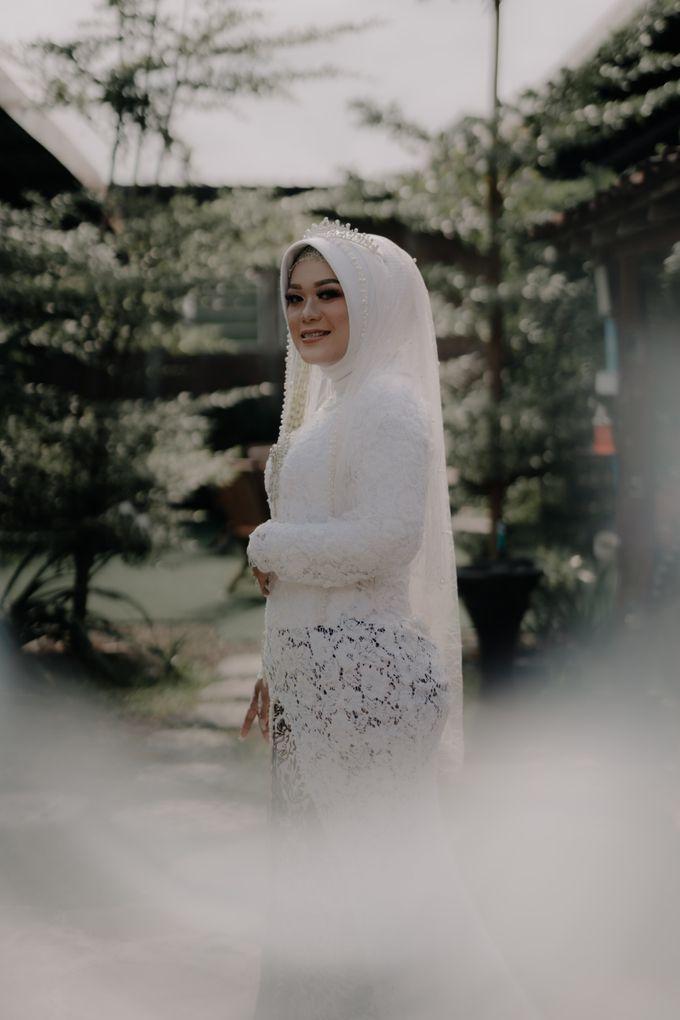 Intimate Wedding Fedita & Ubet by Calia Catering - 019