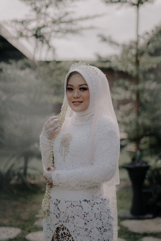Intimate Wedding Fedita & Ubet by Calia Catering - 011