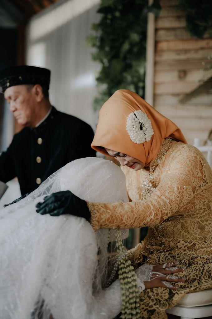 Intimate Wedding Fedita & Ubet by Calia Catering - 034