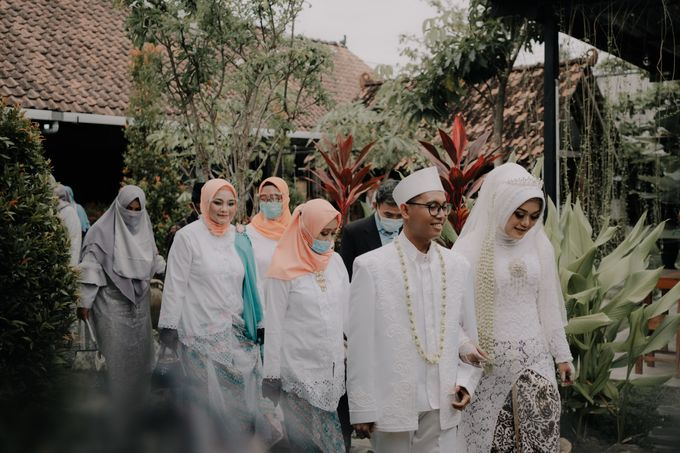 Intimate Wedding Fedita & Ubet by Calia Catering - 009