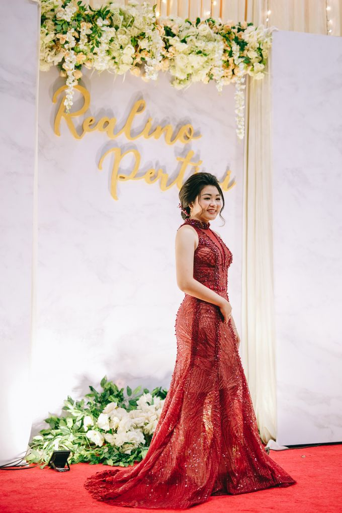 ENGAGEMENT REALINO & PERTIWI by lovre pictures - 002