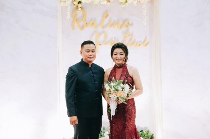 ENGAGEMENT REALINO & PERTIWI by lovre pictures - 015