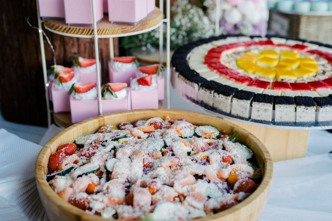 Botanical Paradise by Manna Pot Catering - 001