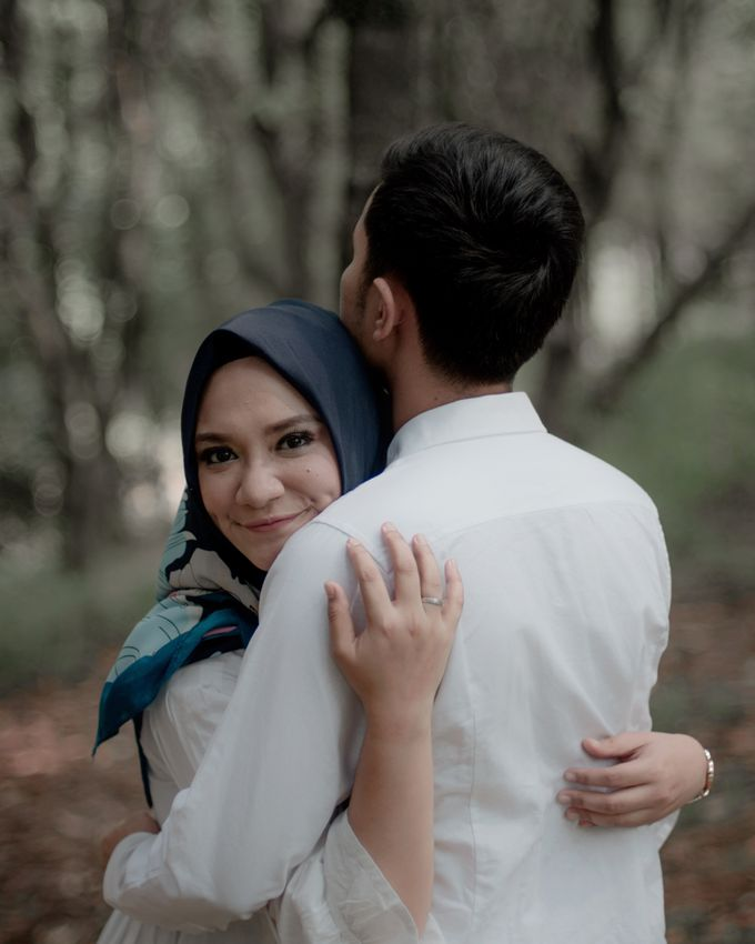 Prewedding Outdoor Session Of Lyla And Zen by Mike Lee Photography - 003