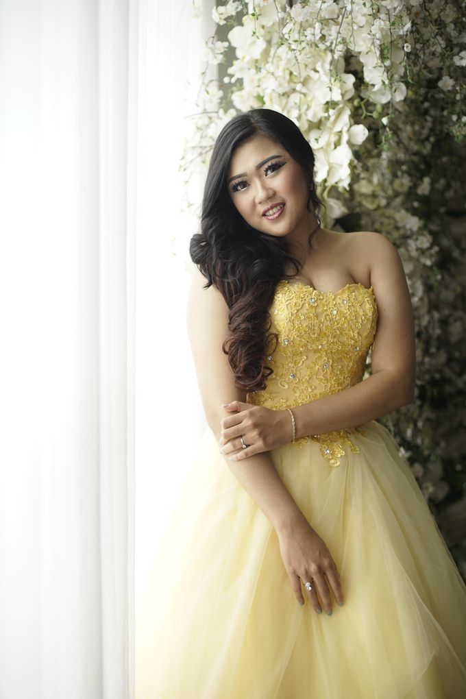 Favor Prewedding Gown - Fresh Like Lemonade by Favor Brides - 003
