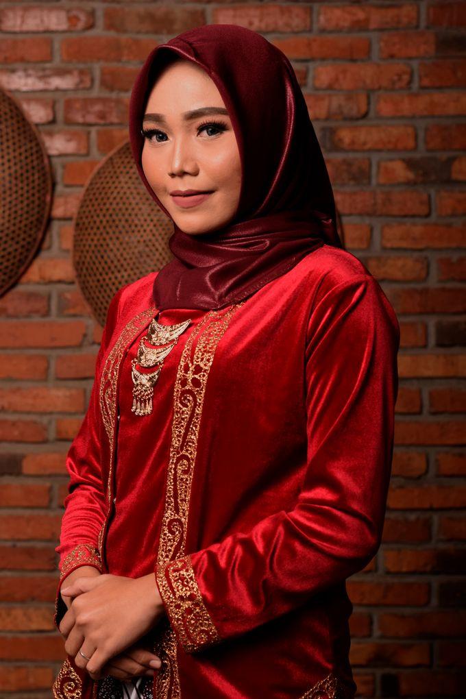 omg...so pretty with hijab by R & E Bridal - 010