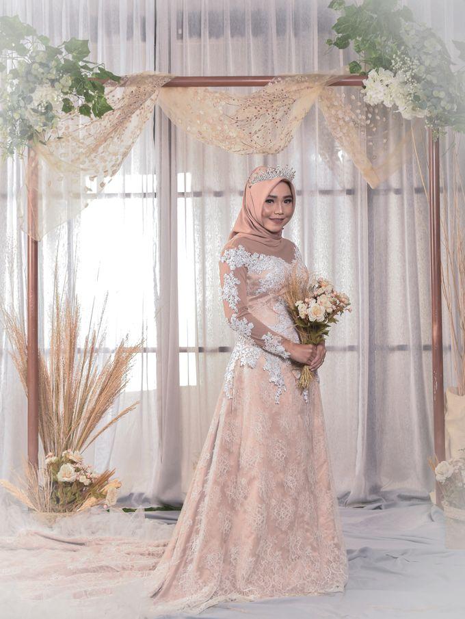 omg...so pretty with hijab by R & E Bridal - 023