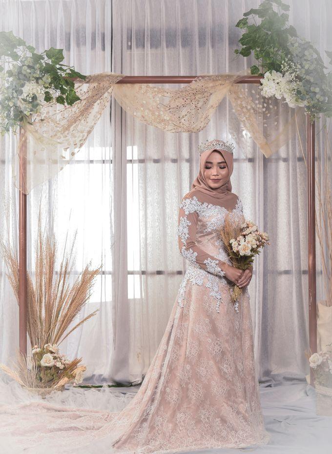 omg...so pretty with hijab by R & E Bridal - 024