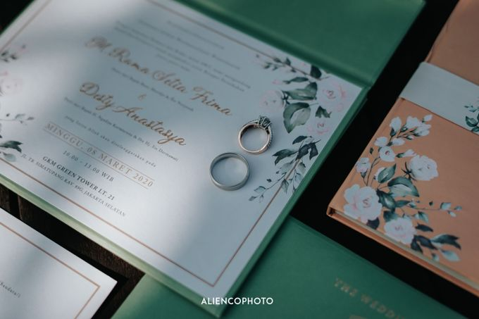 GKM GREEN TOWER WEDDING OF DESTY & RAMA by alienco photography - 003