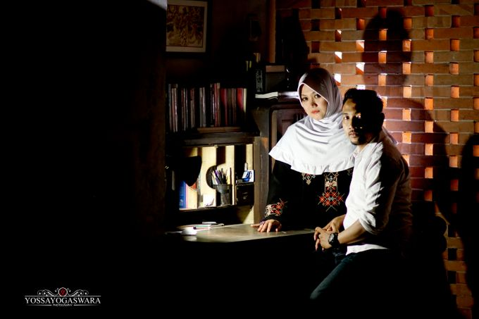 Prewedding Indah - Memed by Yossa Yogaswara Photography - 003