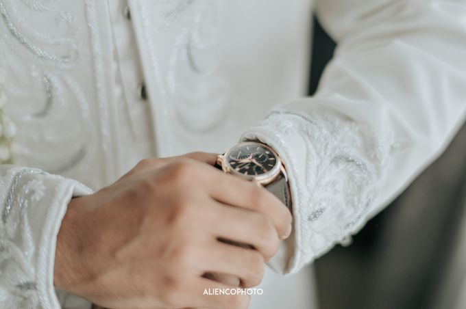 SMESCO NARESWARA WEDDING OF SAHFA & RIYAN by alienco photography - 041