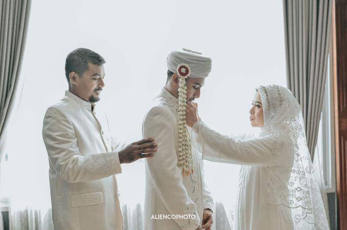 SMESCO NARESWARA WEDDING OF SAHFA & RIYAN by alienco photography - 044