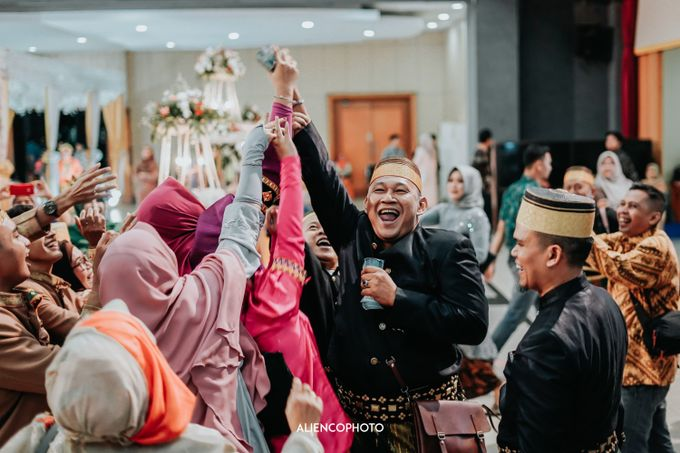 GD SLOG POLRI WEDDING OF OPI & QIKA by alienco photography - 015