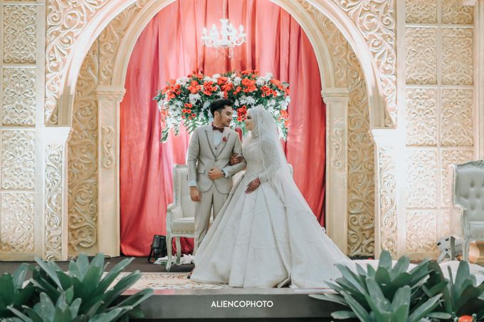 SMESCO NARESWARA WEDDING OF SAHFA & RIYAN by alienco photography - 013