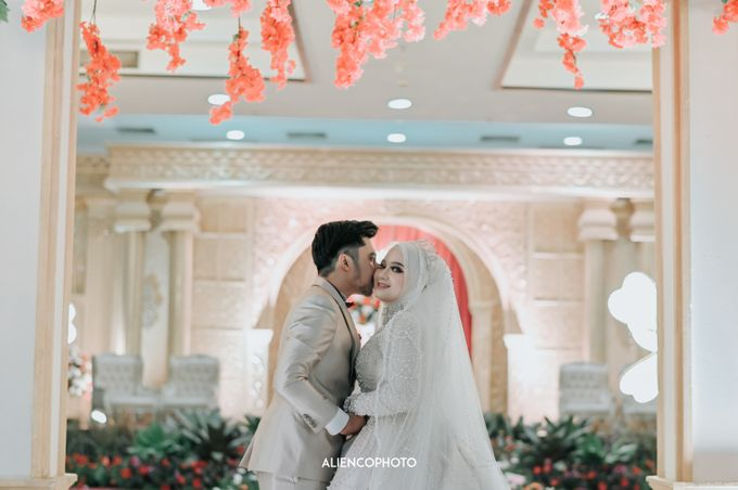 SMESCO NARESWARA WEDDING OF SAHFA & RIYAN by alienco photography - 015