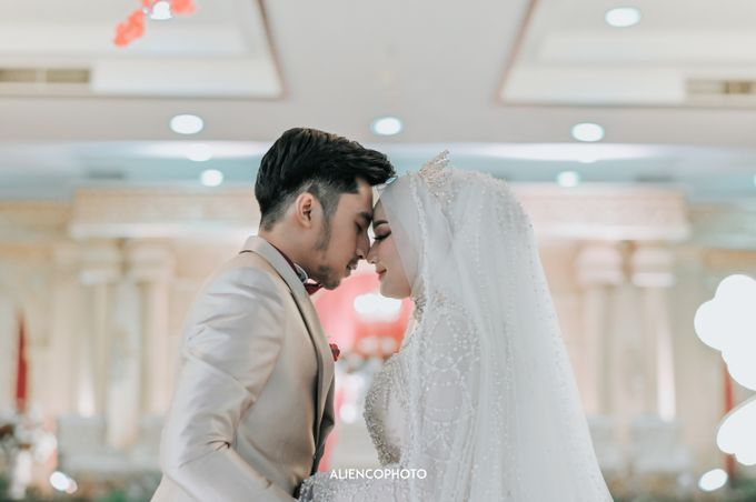 SMESCO NARESWARA WEDDING OF SAHFA & RIYAN by alienco photography - 016