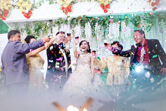 Wedding Steven & Della by aaron Photo & Cinema - 012