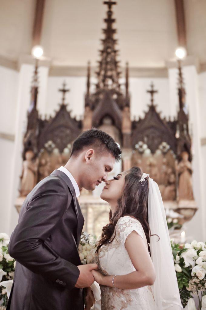 Wedding Gita & Trisno by aaron Photo & Cinema - 018