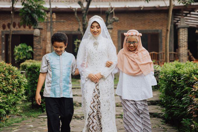 Intimate Wedding - Yoan & Tori by Loka.mata Photography - 003