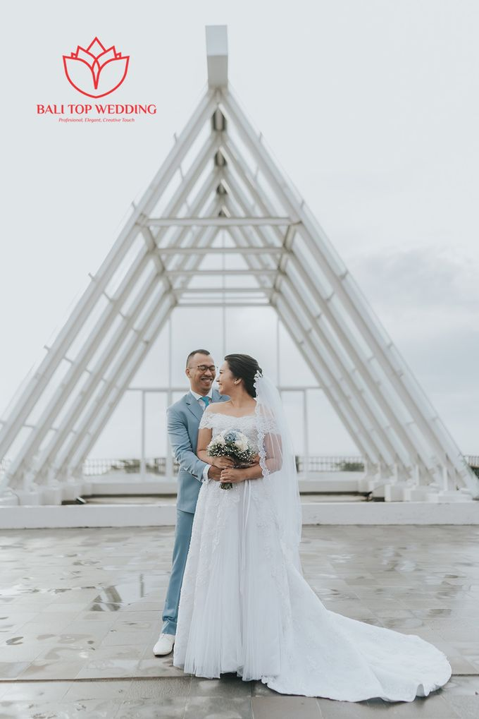 Wonderful Beach Wedding by Bali Top Wedding - 001