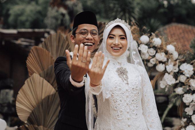 Intimate Wedding - Yoan & Tori by Loka.mata Photography - 006