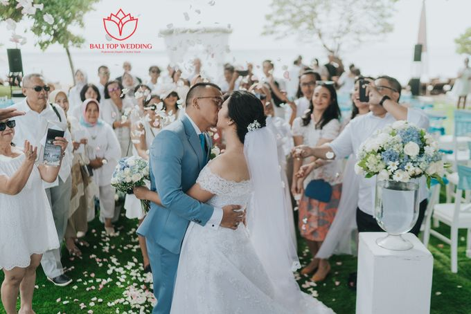 Wonderful Beach Wedding by Bali Top Wedding - 004