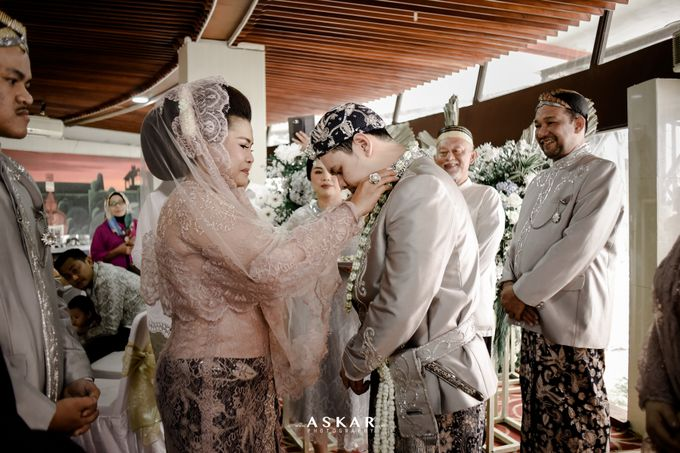 The Wedding Of nadine & Adam by redberry wedding - 011