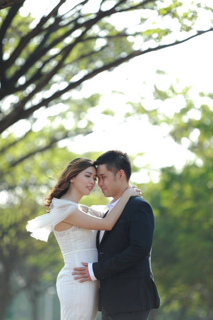 Shinta and Aldo Prewedding by Michelle Bridal - 002