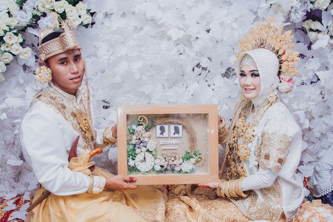 Tari & Hamsul Wedding by Kalimasada Photography - 018