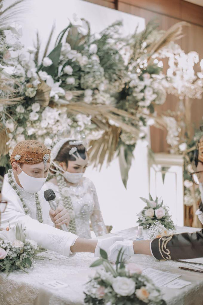 Vania & Febri Wedding at Pondok Indah Golf by Mirza Photography - 009