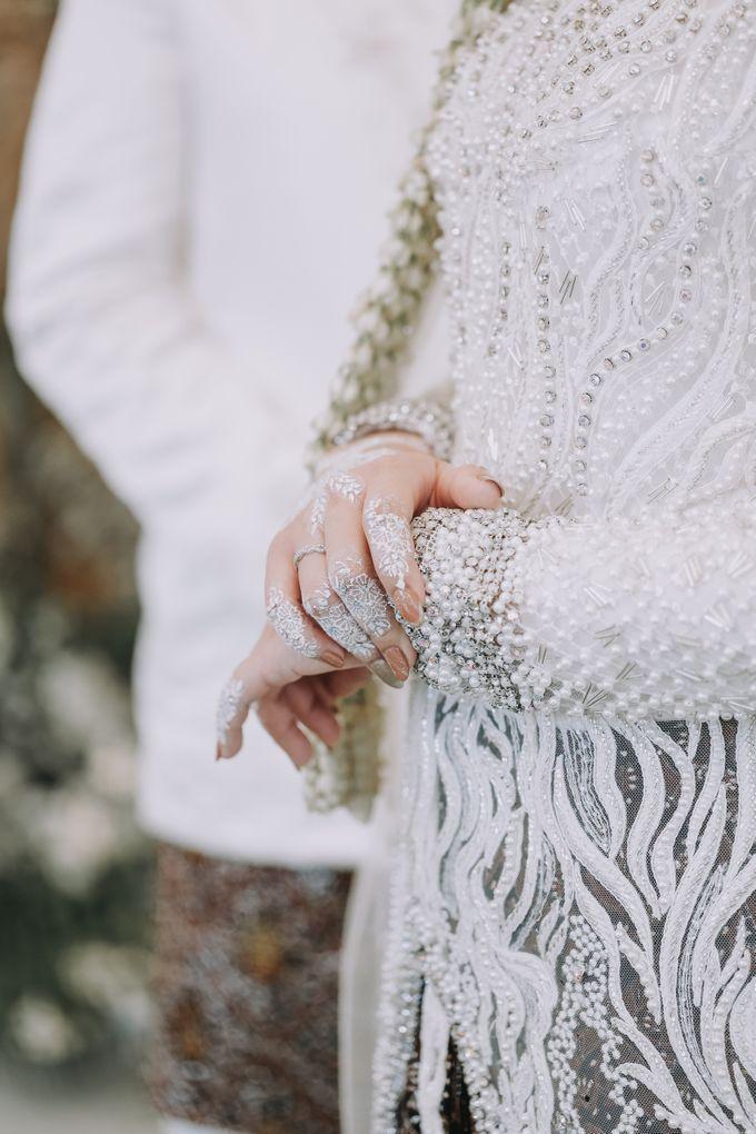 Mira & Yurian Wedding at The Manor Andara by Mirza Photography - 017