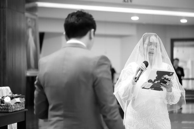 Genoveva & Jeremiah Wedding at The Avani BSD by Mirza Photography - 003