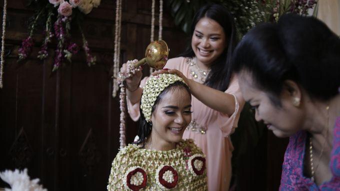 Arini & Ariel Wedding by Hotel Borobudur Jakarta - 001