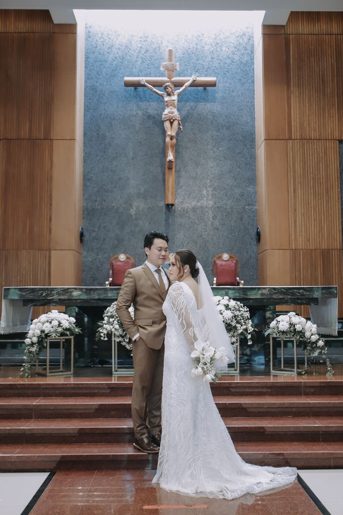 Genoveva & Jeremiah Wedding at The Avani BSD by Mirza Photography - 009