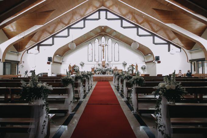 Anggrit & Yoga Wedding at Gereja ST. Matias by Mirza Photography - 018