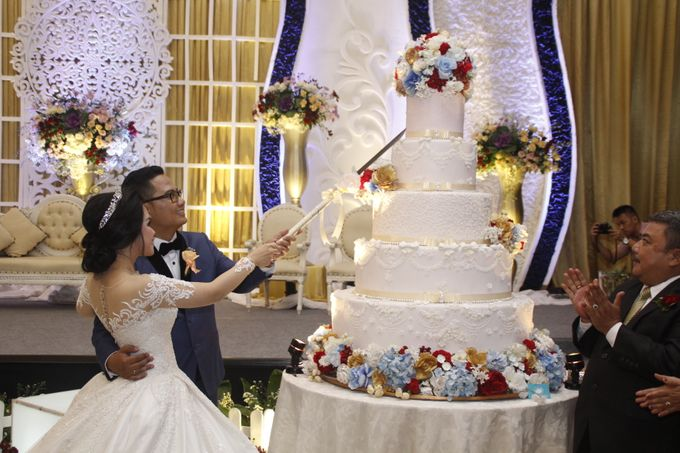 IMAN & LOUISA WEDDING PARTY by The Vida Ballroom - 002