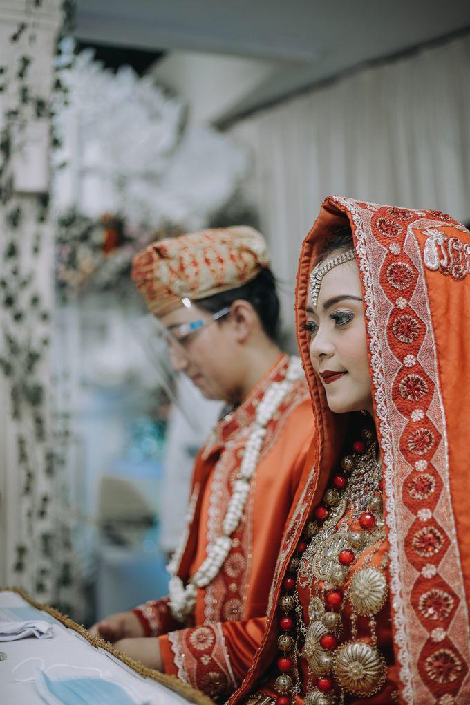 Venisya & Dimas Wedding at Home, Jakarta by Mirza Photography - 008