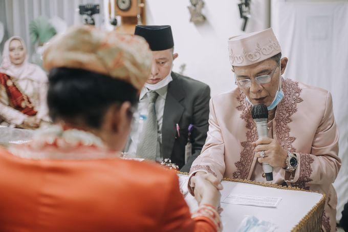 Venisya & Dimas Wedding at Home, Jakarta by Mirza Photography - 010