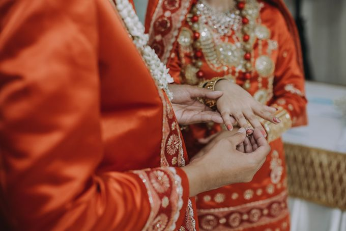 Venisya & Dimas Wedding at Home, Jakarta by Mirza Photography - 012