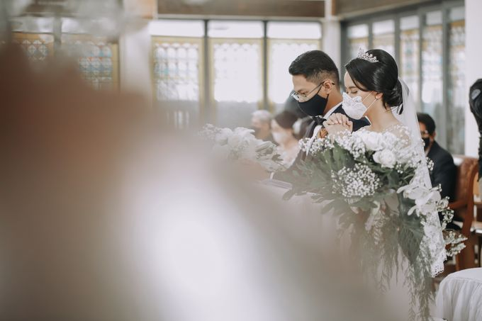 Anggrit & Yoga Wedding at Gereja ST. Matias by Mirza Photography - 024