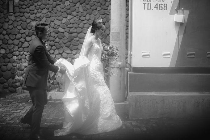 Anggrit & Yoga Wedding at Gereja ST. Matias by Mirza Photography - 028