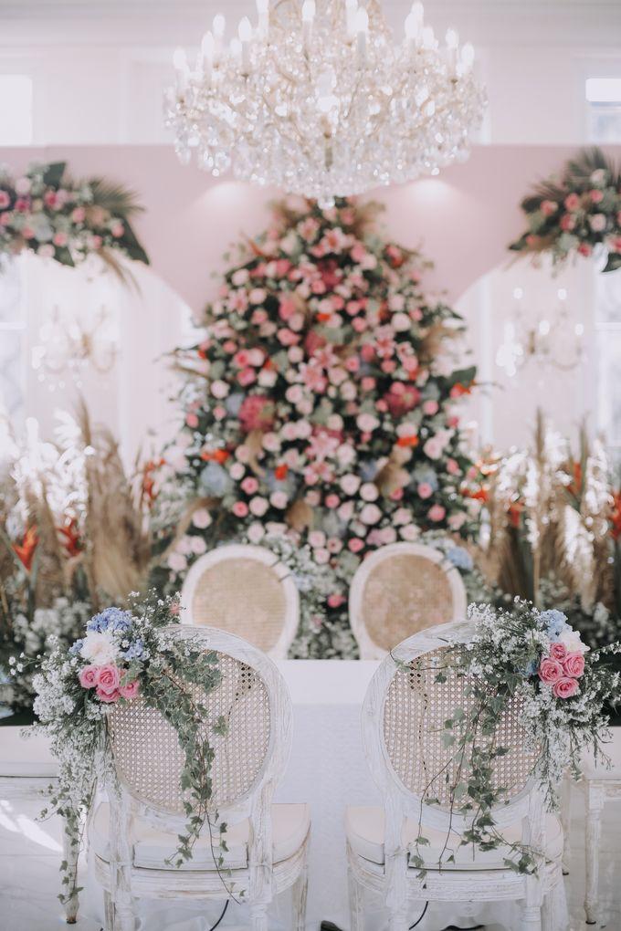 Mira & Yurian Wedding at The Manor Andara by Mirza Photography - 005