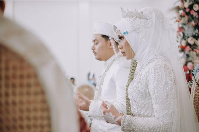 Mira & Yurian Wedding at The Manor Andara by Mirza Photography - 011