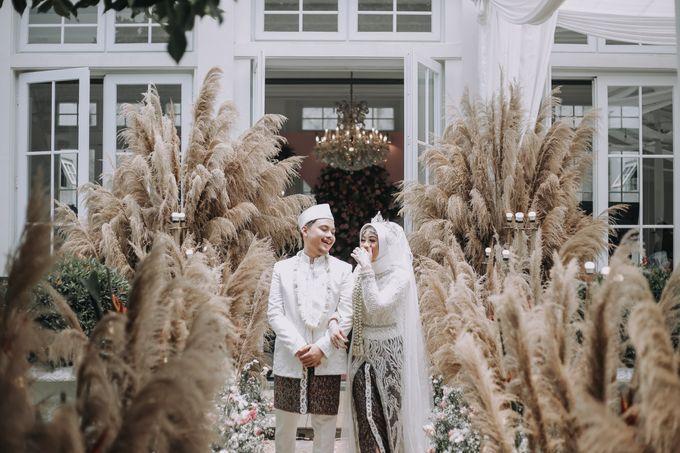 Mira & Yurian Wedding at The Manor Andara by Mirza Photography - 019