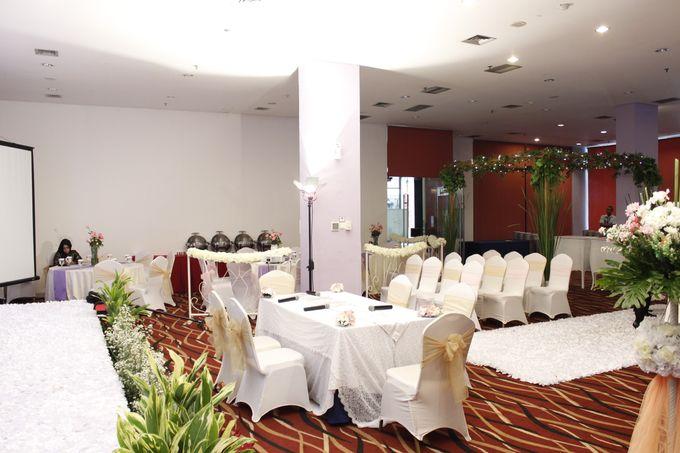 Mezia & Arif Wedding by Fame Hotel Gading Serpong - 005